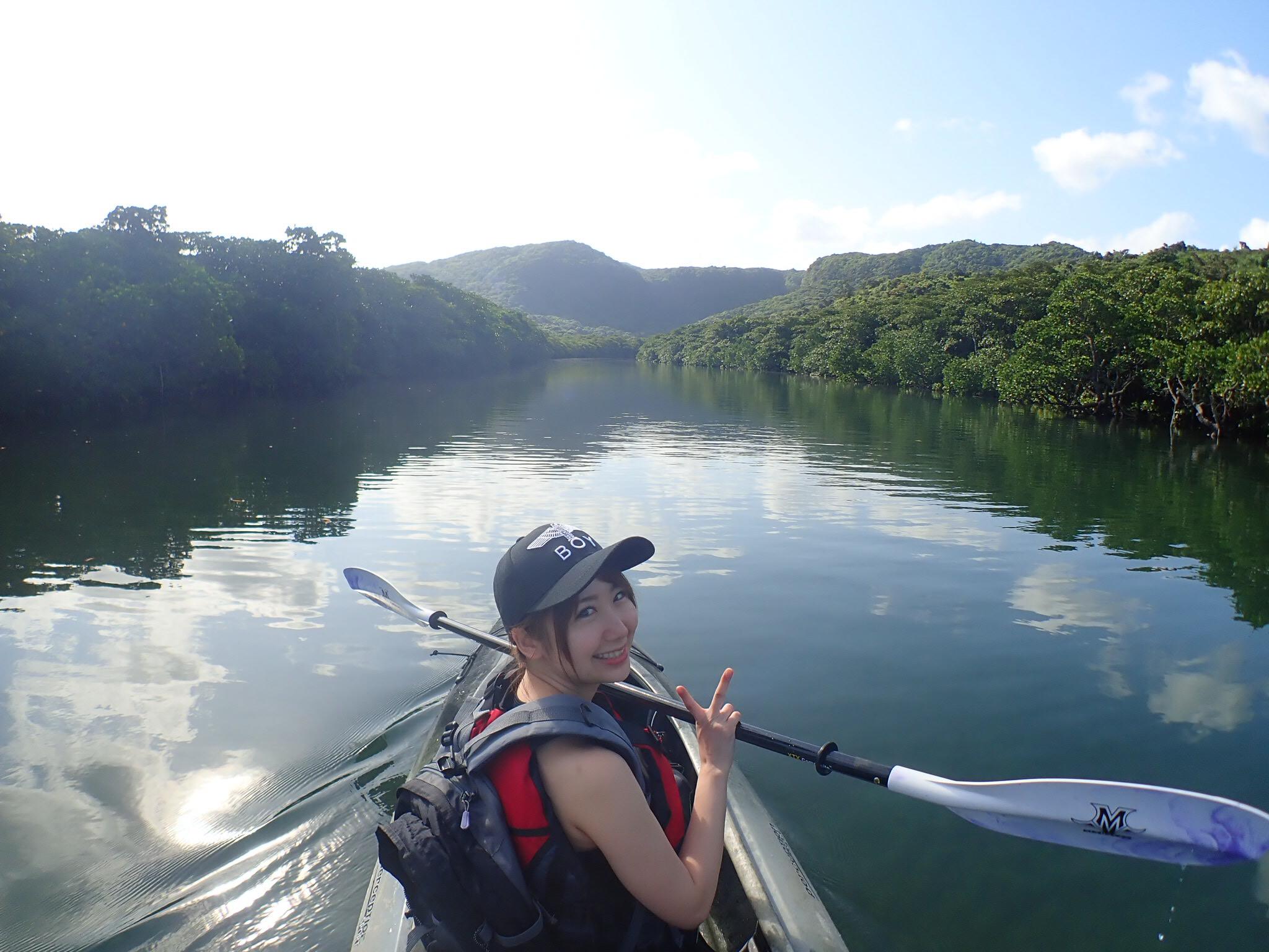 女子旅でもおもっきり遊べる西表島のカヌーツアーならピナイサーラの滝がおススメ