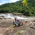 日本の滝百選、西表島のマリュドゥの滝。
