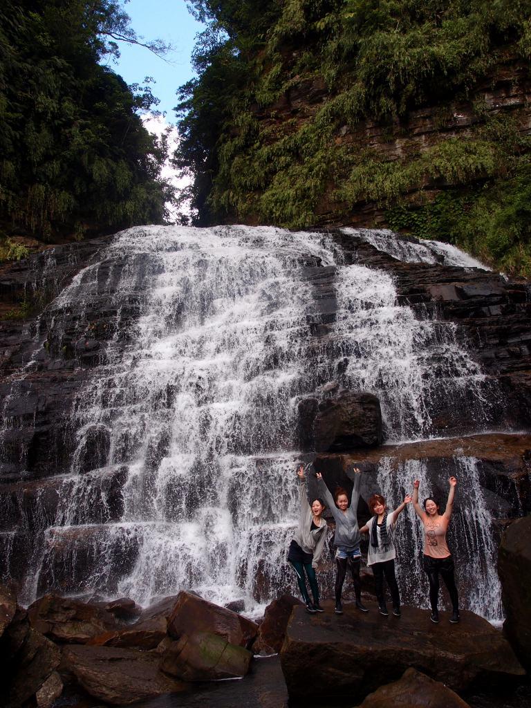 西表島の滝ツアーで最難関「マヤグスクの滝」トレッキング&カヌーに挑戦しよう!