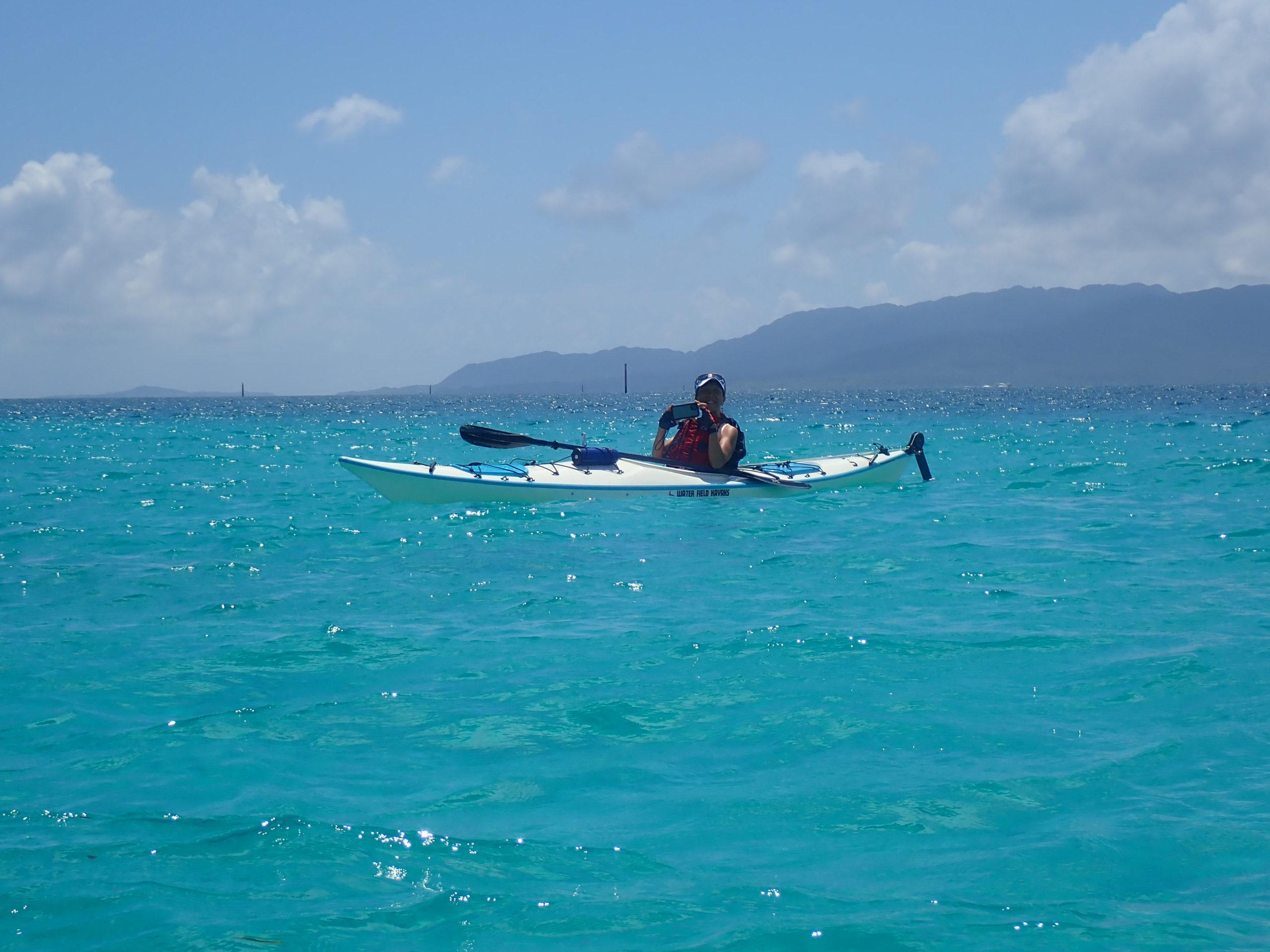 バラス島と鳩間島へカヤックで島渡