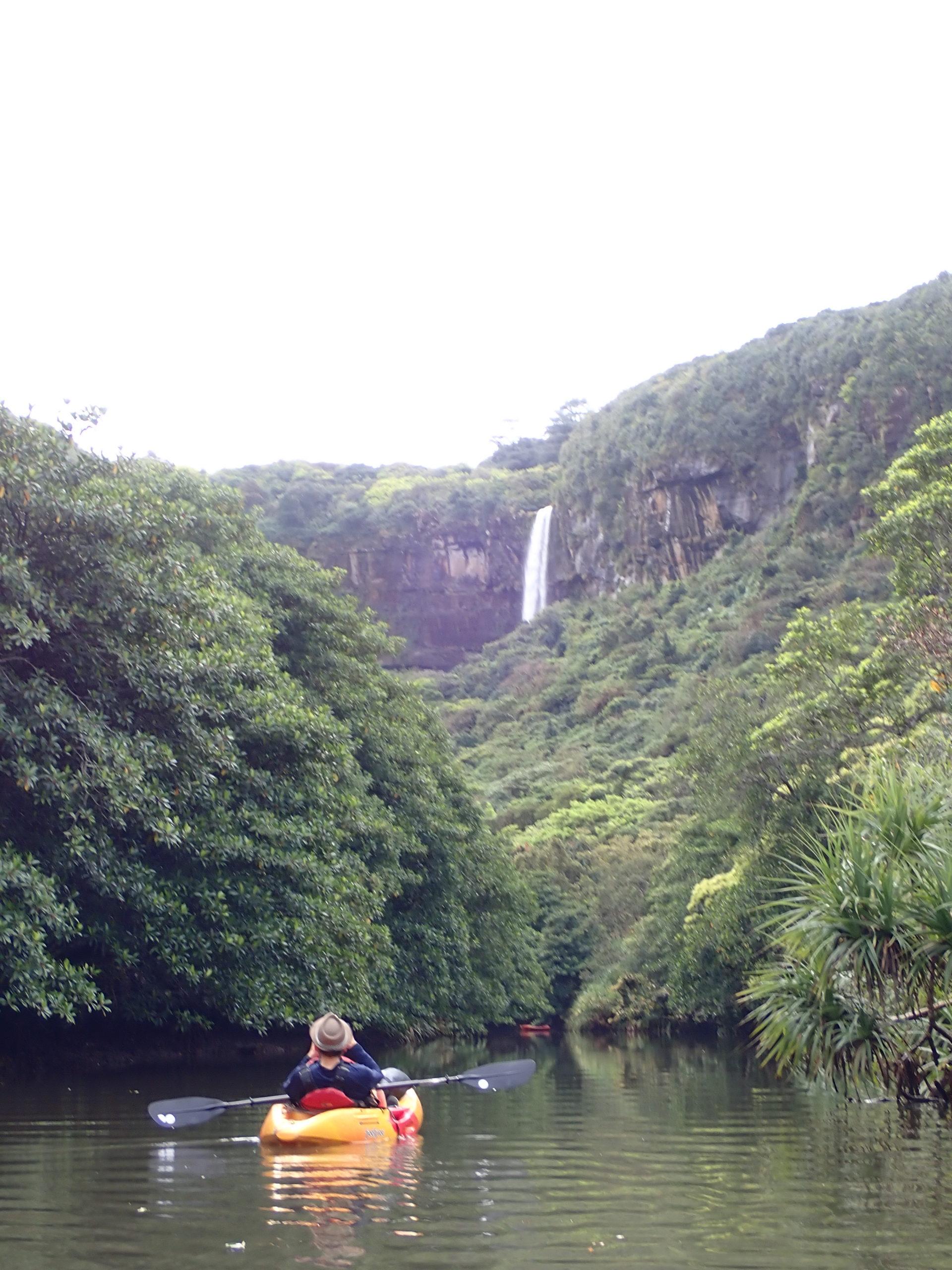 マイペースに楽しむ、ピナイサーラの滝カヌーツアー!