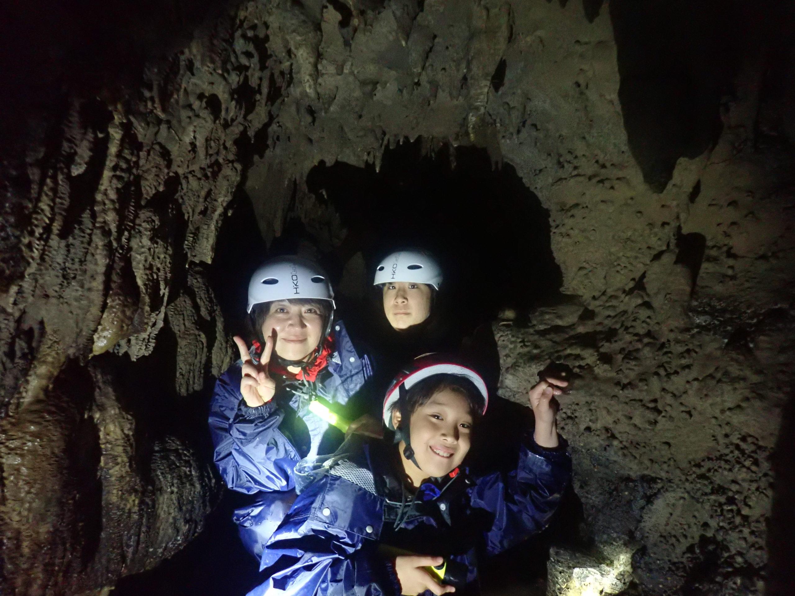 冬でも西表島は滝もカヌーも鍾乳洞もツアーが楽しめる