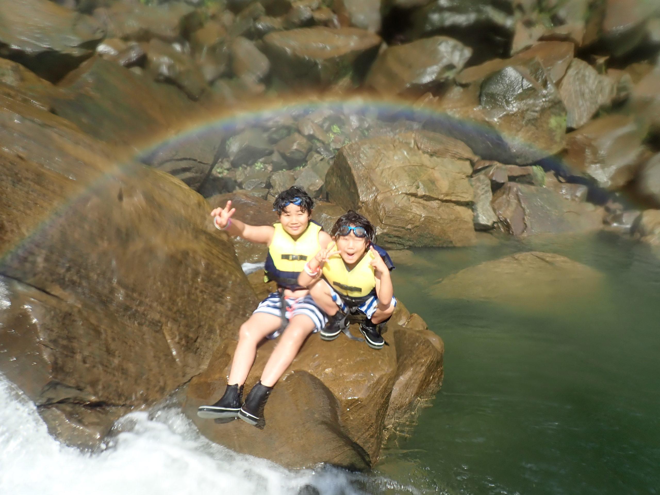 小さな体で大冒険!親子さんとのピナイサーラの滝ツアー!