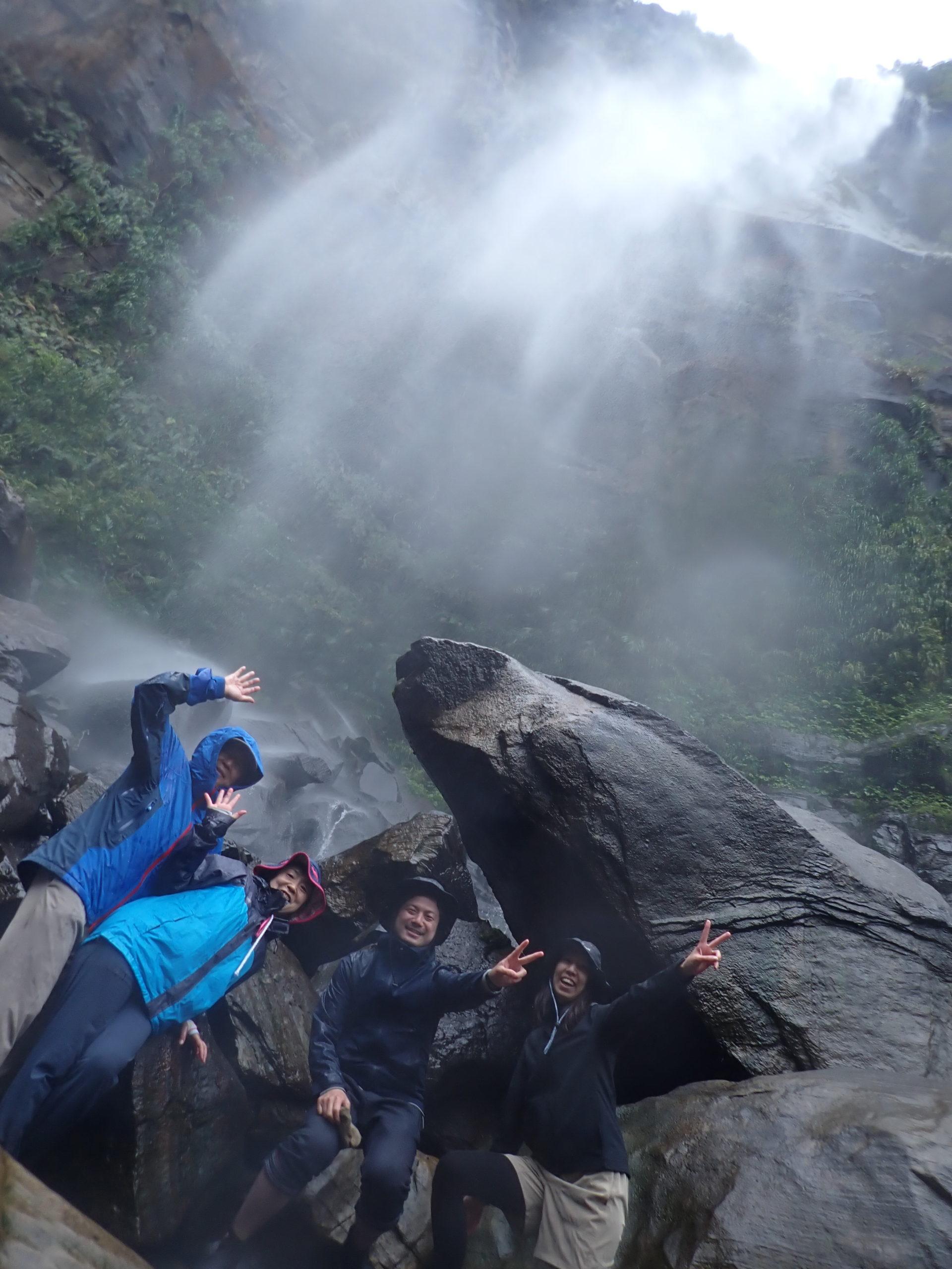 半日でも1日でも、時間いっぱい西表島を満喫する!ピナイサーラの滝カヌーツアー
