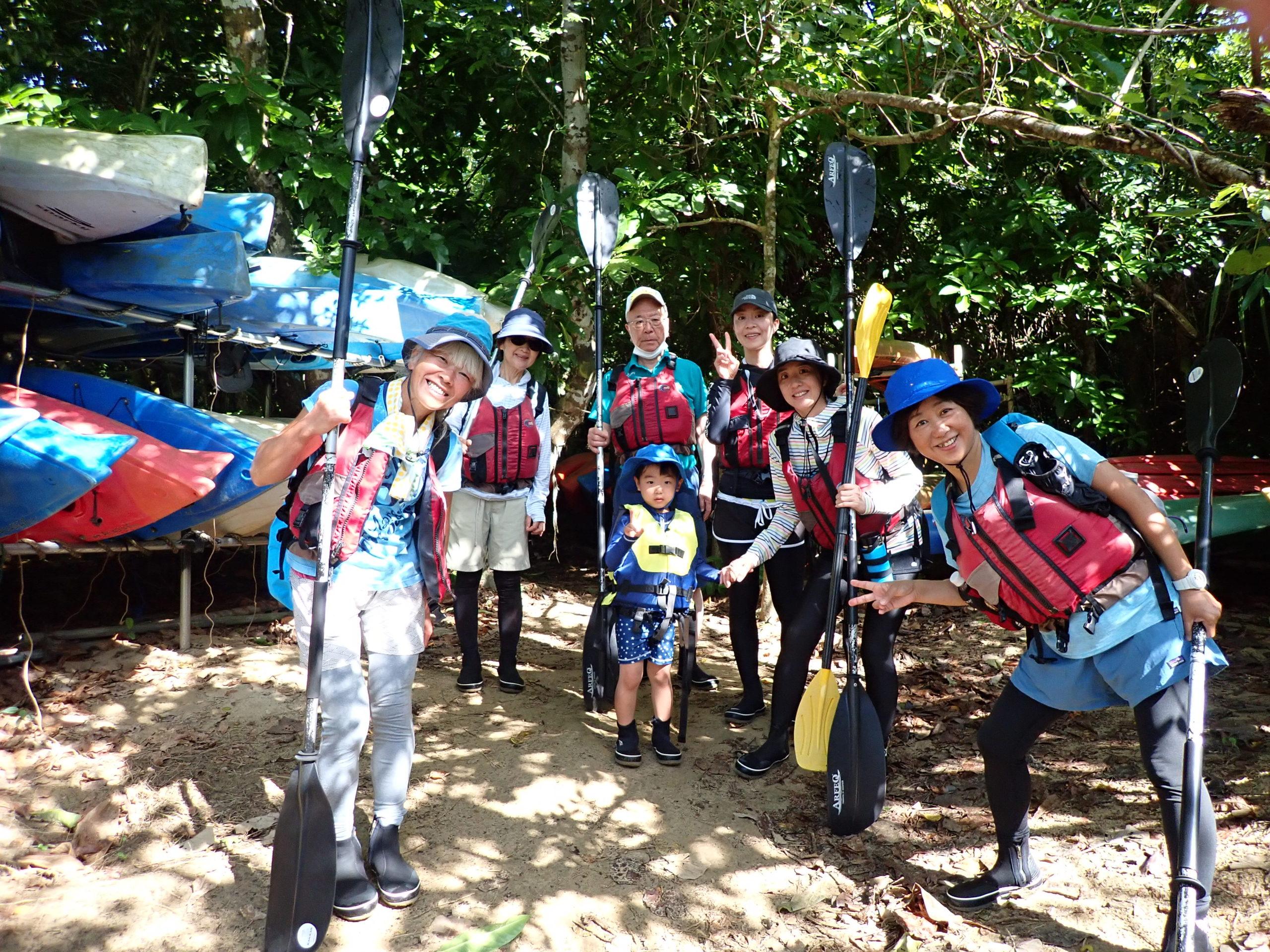 老若男女みんな楽しい!!西表島 ピナイサーラの滝カヌー半日ツアー