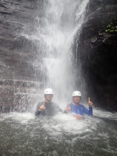 大自然満喫!ゲータの滝&鍾乳洞ツアー!