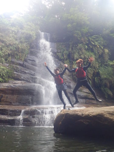 ナーラの滝で遊びまくり!!