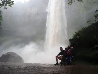 雨がもたらした奇跡!?真夏の大大瀑布 西表島 ピナイサーラの滝カヌーツアー